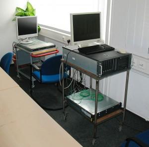 Server im Besprechungszimmer