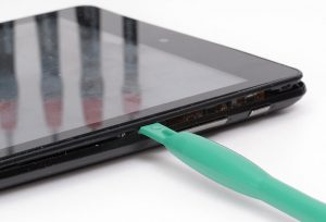 Öffnen des Tablets Trekstor SurfTab Xintron i7.0 zur Reparatur
