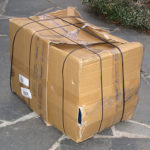Stark lädierte Verpackung